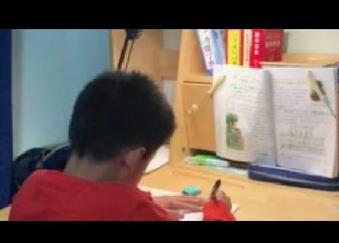 从一年级到三年级,从上课走神作业慢到眼神专注反应灵敏